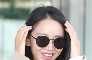 [포토]신혜선, 웃음꽃 활짝