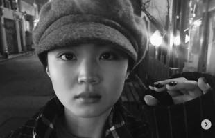 Lee Hi greets fans with Instagram post