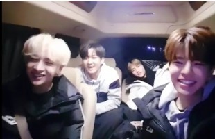 [V Report] Stray Kids keep fans up to speed