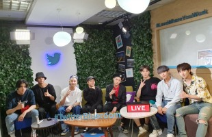 [Kpop Herald x TwitterBlueroom] Pentagon prepares for world tour by connecting with global fans