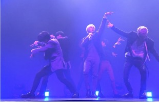 [V Report] Victon hails return with showcase