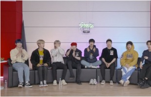 [V Report] Stray Kids excited over new album