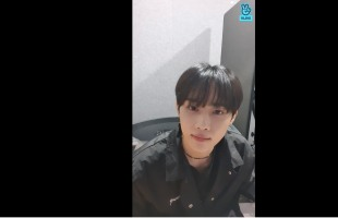 [V Report] The Boyz's Sunwoo says early hello