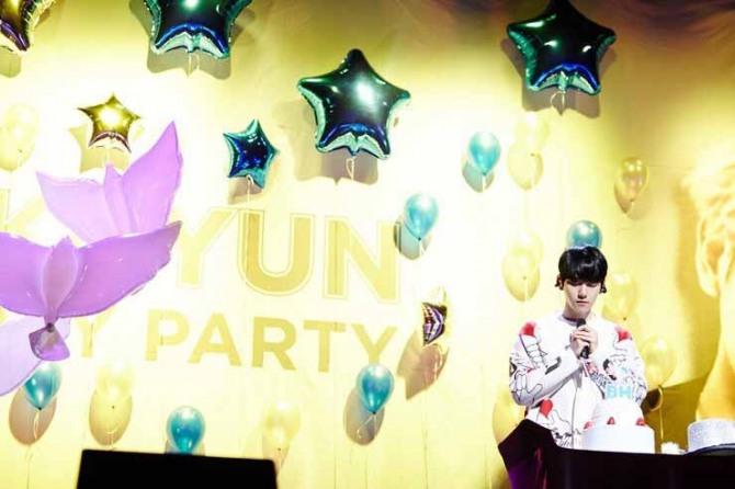Sneak peek of Baekhyun's birthday party