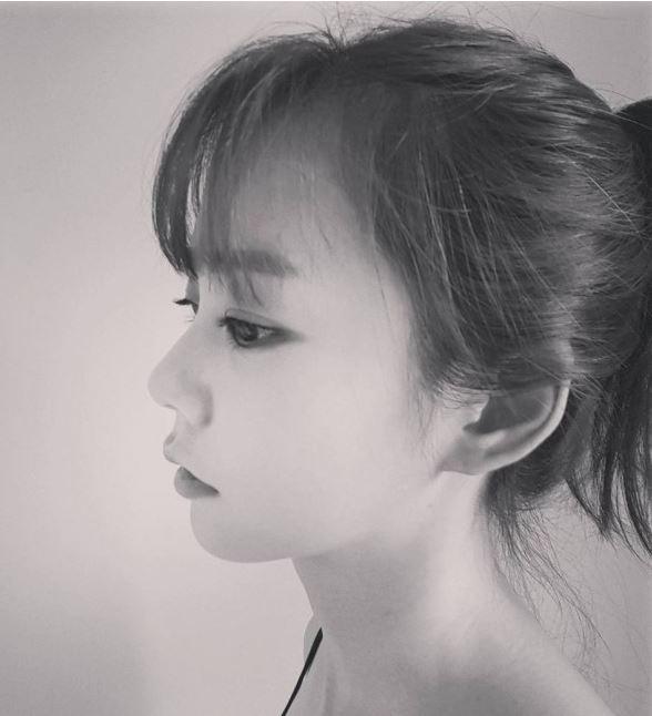 Kara Ex Member Han Seung Yeon Returns As A Barista
