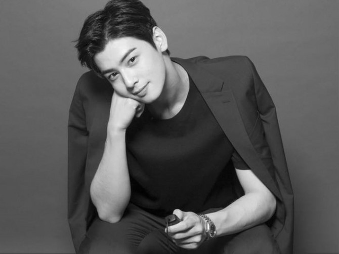 Cha Eun Woos Spanish Flair Shows Hes Not Just A Pretty Face