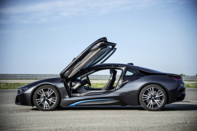 Bmw I8 Sports Car To Lure Enthusiasts In Korea