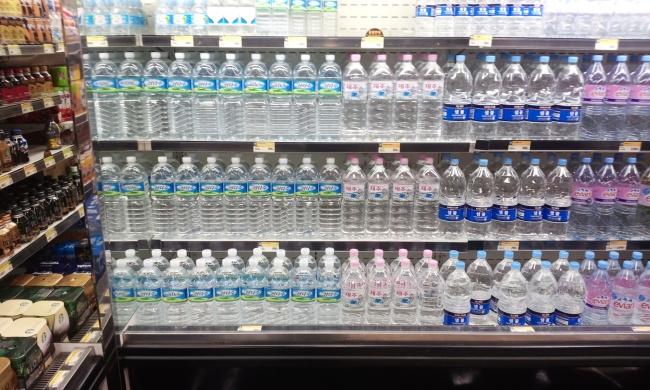 Weekender Korea S Top Bottled Water Brand Samdasoo Taps Overseas