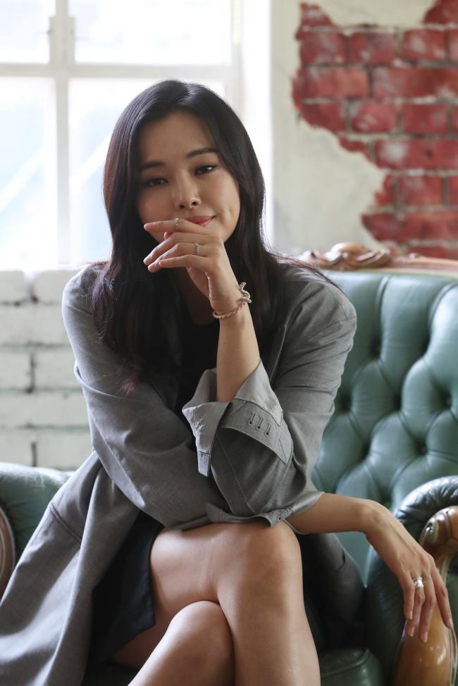 Herald Interview] Lee Ha-nee interprets 15th-century courtesan