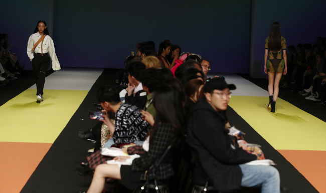 Can Seoul Fashion Week Ever Be Show For The People