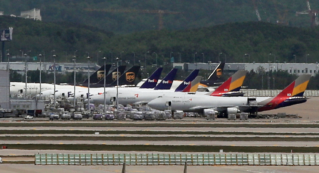 No plan yet for fifth runway at Incheon Airport: ministry