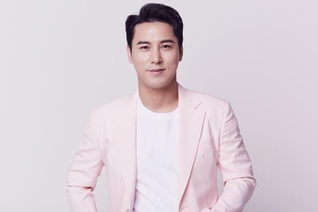 Trot Singer Jang Min-ho (New Era Project)