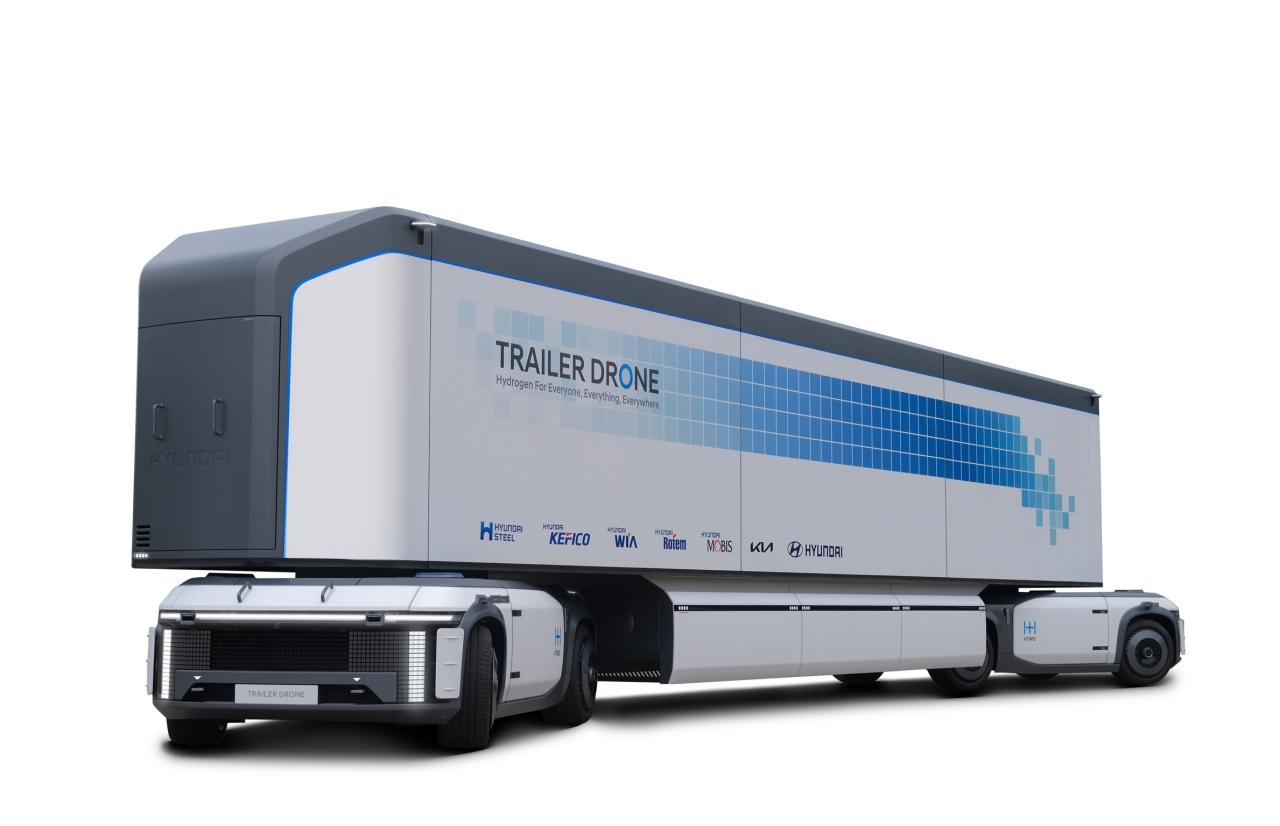 Hyundai Motor Group's autonomous trailer drone, the e-Bogie (Hyundai Motor Group)