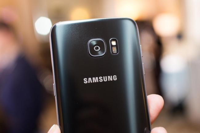 Samsung Enlarges Galaxy S8 Screen To Attract Note Customers