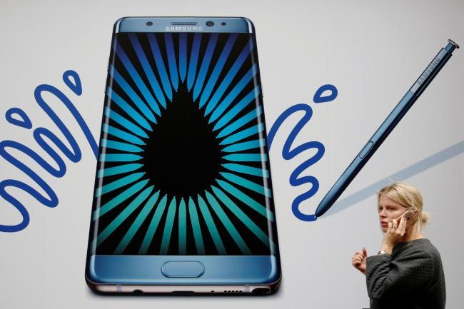 Samsung widens market share gap with Apple in 2017