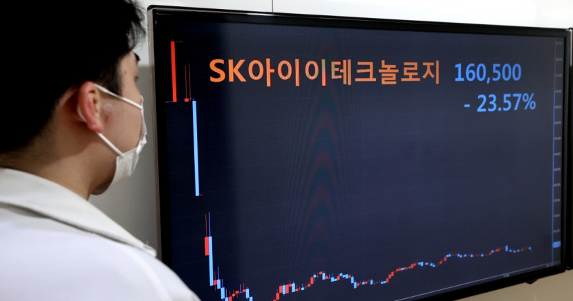 SKIET shares lose vitality after Kospi market debut