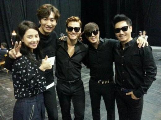 Running Man' team on Asia fan meeting tour