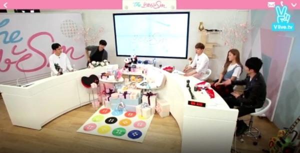 V Report Plus] EXO pick favorite songs