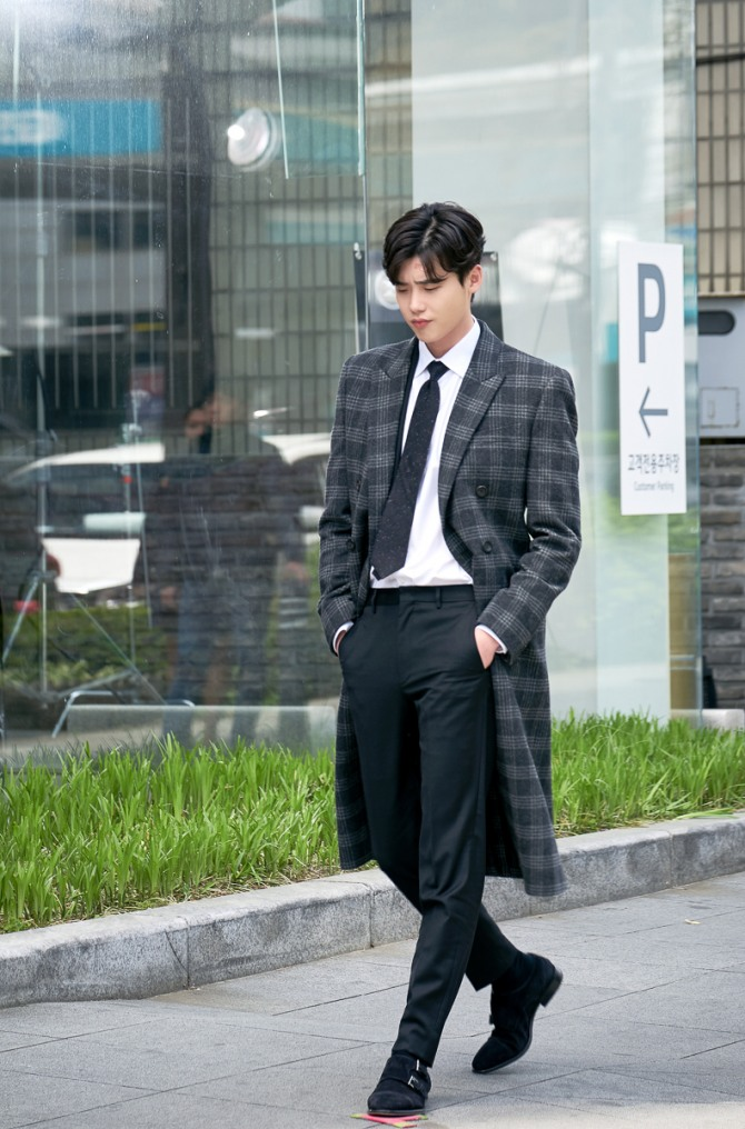 Suzy, Lee Jong-suk behind the scenes in 'While You Were Sleeping'
