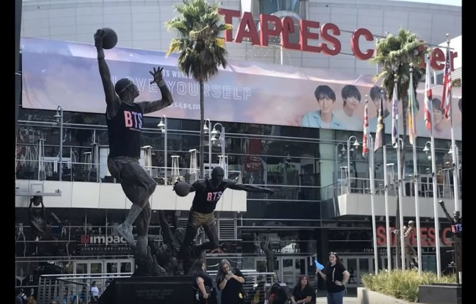 BTS fans camp out overnight ahead of Staples Center concert