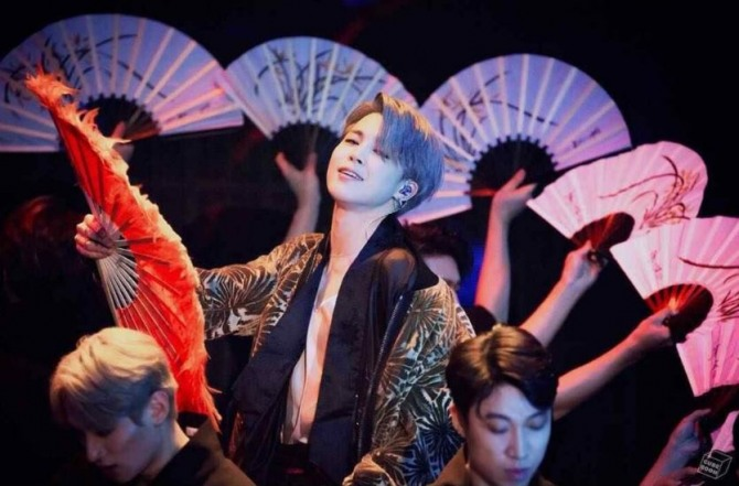 The top 5 moments for BTS and hanbok