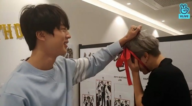 V Report] Three must-watch moments from BTS Jin's B-day V Live