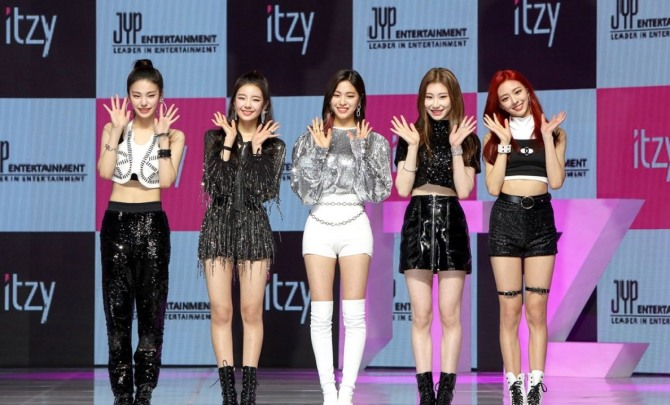 Itzy Setting Out To Become Unprecedented Super Rookie