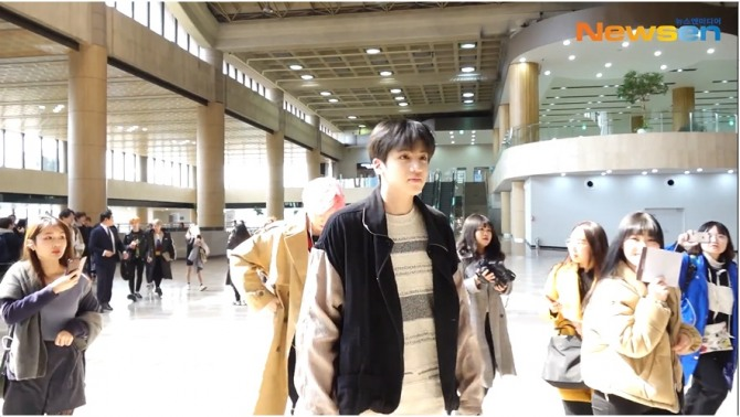 V Report] Stray Kids continues traveling in Sydney