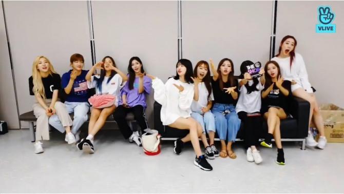 V Report] BTS wraps up shooting sitcom
