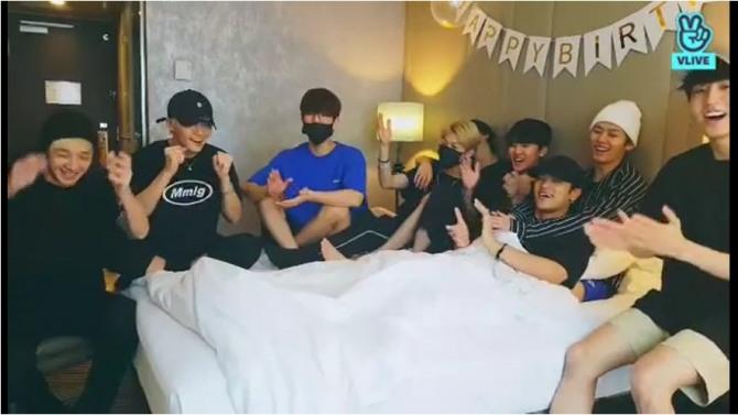V Report] NCT Dream shares Renjun's good news