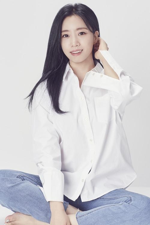 티아라 함은정, 신생 케빈74와 전속계약…배우로 새 출발 예고(공식)